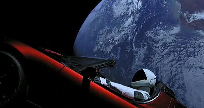 Запуск ракеты Falcon Heavy с автомобилем Tesla